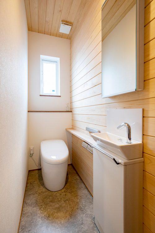 河北郡K様邸トイレ
