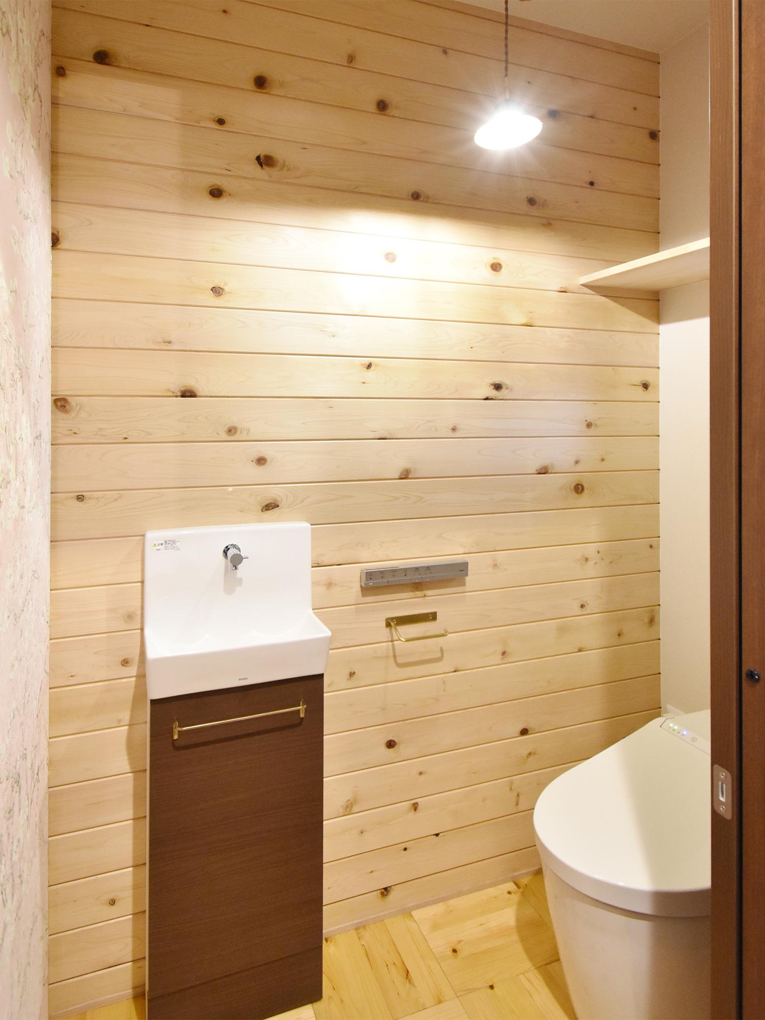 金沢市T様邸1Fトイレ「ヒバレット」